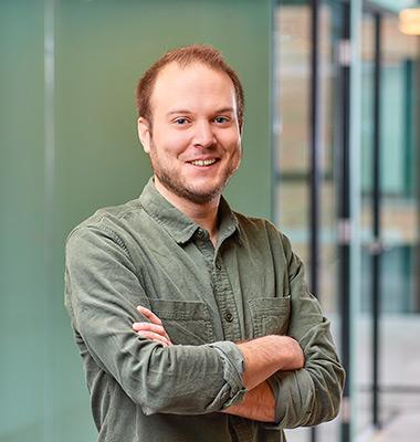 Niels van den Hoven Contentspecialist / redacteur
